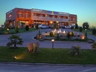 /fr-fr/ambassador-hotel-thessaloniki/hotel/thessaloniki-gr.html?asq=vrkGgIUsL%2bbahMd1T3QaFc8vtOD6pz9C2Mlrix6aGww%3d