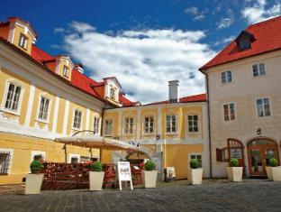 /de-de/hotel-bellevue/hotel/cesky-krumlov-cz.html?asq=vrkGgIUsL%2bbahMd1T3QaFc8vtOD6pz9C2Mlrix6aGww%3d