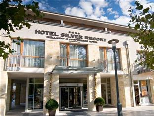 Hotel Silverine Lake Resort **** superior Balatonfured - Entrance