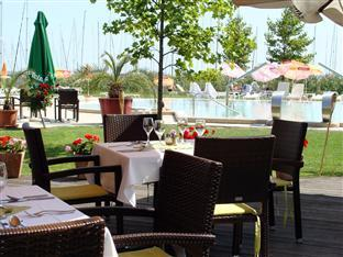 Hotel Silverine Lake Resort **** superior Balatonfured - Garden
