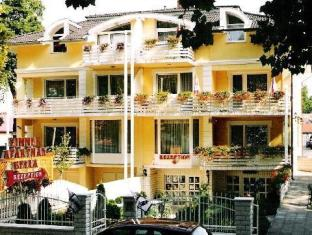 /es-es/apartman-bella-hotel/hotel/siofok-hu.html?asq=vrkGgIUsL%2bbahMd1T3QaFc8vtOD6pz9C2Mlrix6aGww%3d