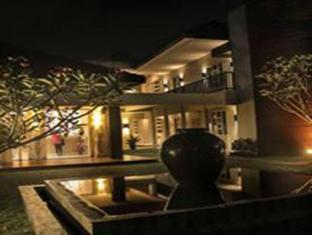 /doho-homestay/hotel/jember-id.html?asq=jGXBHFvRg5Z51Emf%2fbXG4w%3d%3d