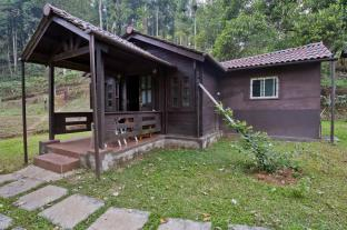 /leisure-vacations-three-hills-resort-coorg/hotel/coorg-in.html?asq=jGXBHFvRg5Z51Emf%2fbXG4w%3d%3d