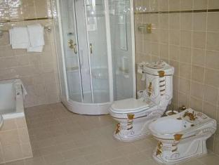 /da-dk/hotel-royal/hotel/aarhus-dk.html?asq=vrkGgIUsL%2bbahMd1T3QaFc8vtOD6pz9C2Mlrix6aGww%3d