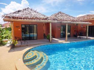 Panisara Pool Villa Huahin