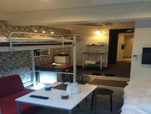 MI 5 Bedroom Apartment near JR Osaka Station 5501
