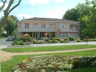 /fr-fr/hotel-restaurant-l-ecureuil/hotel/saint-paul-en-born-fr.html?asq=jGXBHFvRg5Z51Emf%2fbXG4w%3d%3d