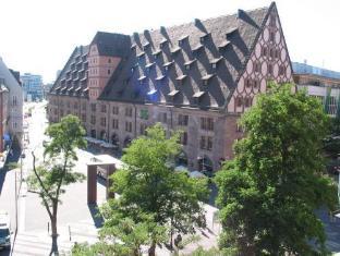 /sl-si/hotel-deutscher-kaiser/hotel/nuremberg-de.html?asq=vrkGgIUsL%2bbahMd1T3QaFc8vtOD6pz9C2Mlrix6aGww%3d