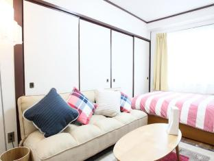 GR 2 Bedroom Apartment in Higash Shinjuku R-401