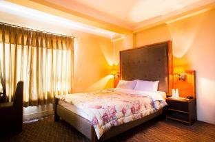 /zh-tw/adventure-home/hotel/kathmandu-np.html?asq=m%2fbyhfkMbKpCH%2fFCE136qXyRX0nK%2fmvDVymzZ3TtZO6YuVlRMELSLuz6E00BnBkN