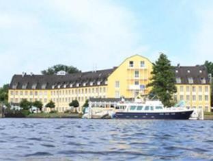 /ar-ae/seehotel-zeuthen/hotel/zeuthen-de.html?asq=jGXBHFvRg5Z51Emf%2fbXG4w%3d%3d
