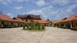 /sankhampak-guesthouse/hotel/phonesavanh-la.html?asq=jGXBHFvRg5Z51Emf%2fbXG4w%3d%3d