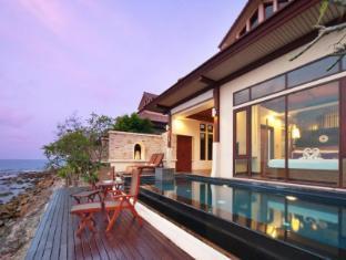 Sea Front Pool Villas by The Sarann