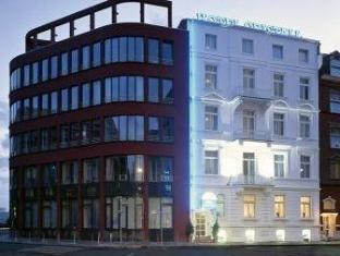 /ro-ro/hotel-cristall-frankfurt-city/hotel/frankfurt-am-main-de.html?asq=jGXBHFvRg5Z51Emf%2fbXG4w%3d%3d