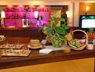 /residence-la-reserve-geneve-ferney-voltaire/hotel/ferney-voltaire-fr.html?asq=jGXBHFvRg5Z51Emf%2fbXG4w%3d%3d