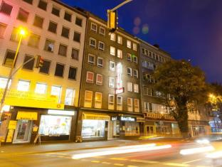 /es-es/novum-hotel-plaza-dusseldorf-zentrum/hotel/dusseldorf-de.html?asq=vrkGgIUsL%2bbahMd1T3QaFc8vtOD6pz9C2Mlrix6aGww%3d