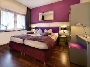 /es-es/hotel-am-wehrhahn/hotel/dusseldorf-de.html?asq=vrkGgIUsL%2bbahMd1T3QaFc8vtOD6pz9C2Mlrix6aGww%3d