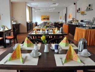 /es-es/hotel-astra/hotel/dusseldorf-de.html?asq=vrkGgIUsL%2bbahMd1T3QaFc8vtOD6pz9C2Mlrix6aGww%3d