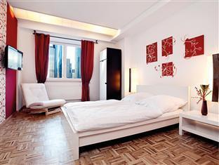 Five Elements Hostel Frankfurt am Main - Double without Bathroom