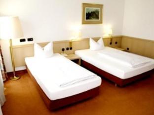 /pl-pl/adler-hotel-frankfurt/hotel/frankfurt-am-main-de.html?asq=m%2fbyhfkMbKpCH%2fFCE136qXyRX0nK%2fmvDVymzZ3TtZO6YuVlRMELSLuz6E00BnBkN