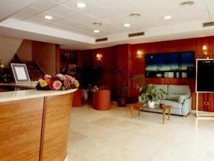 /pt-br/dona-lola/hotel/castellon-de-la-plana-es.html?asq=jGXBHFvRg5Z51Emf%2fbXG4w%3d%3d