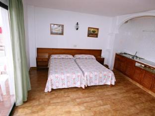 /sv-se/apartamentos-orosol-2/hotel/ibiza-es.html?asq=vrkGgIUsL%2bbahMd1T3QaFc8vtOD6pz9C2Mlrix6aGww%3d