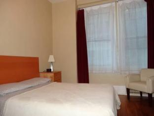 /alexandrie-hostel/hotel/montreal-qc-ca.html?asq=jGXBHFvRg5Z51Emf%2fbXG4w%3d%3d