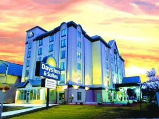 /days-inn-suites-niagara-falls-centre-st-by-the-falls/hotel/niagara-falls-on-ca.html?asq=jGXBHFvRg5Z51Emf%2fbXG4w%3d%3d