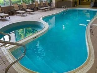 /super-8-niagara-falls-fallsview-district-hotel/hotel/niagara-falls-on-ca.html?asq=5VS4rPxIcpCoBEKGzfKvtBRhyPmehrph%2bgkt1T159fjNrXDlbKdjXCz25qsfVmYT