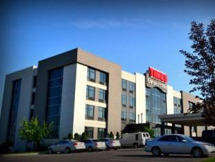 /grand-times-hotel-aeroport-de-quebec/hotel/quebec-city-qc-ca.html?asq=jGXBHFvRg5Z51Emf%2fbXG4w%3d%3d