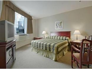 Super 8 Downtown Toronto Toronto (ON) - Guest Room