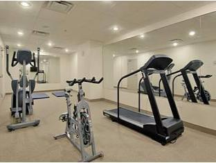 Super 8 Downtown Toronto Toronto (ON) - Fitness Room