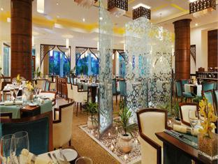 Sheraton Dreamland Hotel and Conference Center Giza - Restaurant