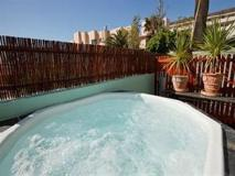 South Africa Hotel Accommodation Cheap | hot tub