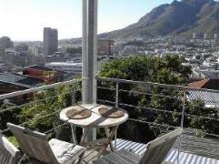 Upperbloem Guesthouse & Apartments | South Africa Budget Hotels