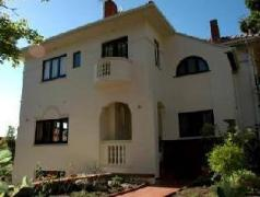 Maartens Guesthouse | South Africa Budget Hotels