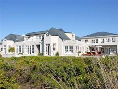 Ocean Eleven Guest House | Cheap Hotels in Hermanus South Africa