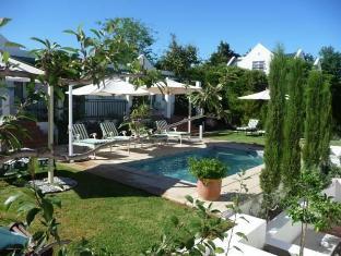 Majeka House Stellenbosch - Garden room exterior