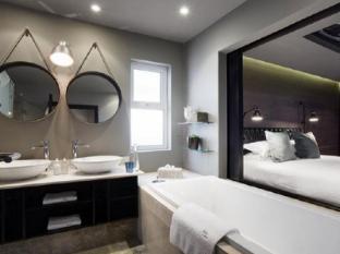 Majeka House Stellenbosch - Bathroom
