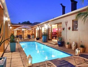 Apple Tree Guest House Stellenbosch - View of Pool