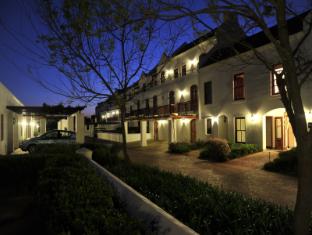 スリー シティーズ クライネ ザルゼ ロッジ ステレンボッシュ - ホテルの外観