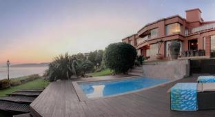 /xanadu-guest-villa/hotel/wilderness-za.html?asq=jGXBHFvRg5Z51Emf%2fbXG4w%3d%3d