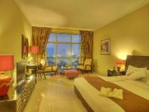 Oryx Hotel: guest room