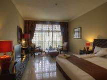 Oryx Hotel: interior