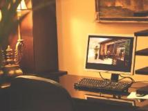 Eclipse Boutique Suites: business center