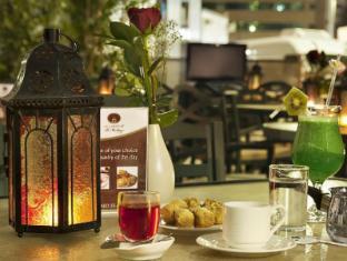Al Manzel Hotel Apartments Abu Dhabi - Al Mutaqa Cafe - Outdoor