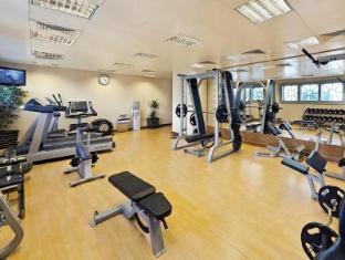 Al Manzel Hotel Apartments Abu Dhabi - Fitness Room