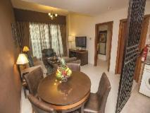 Xclusive Hotel Apartments: guest room