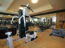 Xclusive Hotel Apartments: fitness room