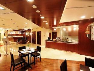 Tulip Hotel Apartments Dubai - Receptie